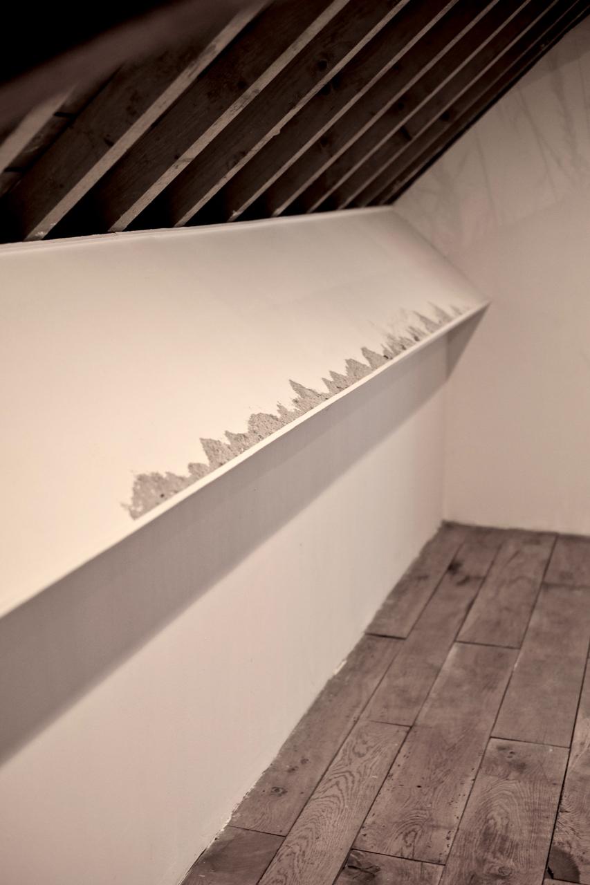 (Vue patielle) Petites perceptions, installation Centre d'Art contemorain du Luxembourg belge, 2019